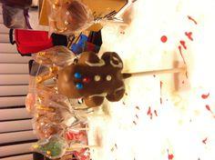 Chocolate gingerbread man cake pop