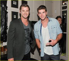 Liam and Chris Hemsworth, a set of brothers I can get behind