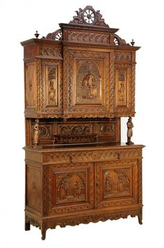 A FRENCH BRITTANY STYLE BUFFET A DEUX CORPS : Lot 246
