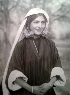 Kashmiri Muslim girl. 1939.