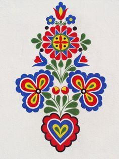 ornament z Hluku, foto: V. Hungarian Embroidery, Folk Embroidery, Ribbon Embroidery, Cross Stitch Embroidery, Embroidery Patterns, Polish Folk Art, Scandinavian Folk Art, Stencil Patterns, Barn Quilts