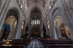 Nave Central de la Catedral de San Salvador de Oviedo, Asturias. España. --translation--Central Nave of the Cathedral of San Salvador in Oviedo, Asturias. Spain.