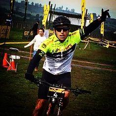 TAMBIÉN EN #MTB A TODO FULL !  AQUÍ JAS EN ACCIÓN  #adidasrunning  #fullrunners  @adidascl  Vamos con todo por los 10k 21k y 42k  Maratón de Santiago  #fullrunners #running #corre #correr #maraton #maratonsantiago #corridas #running #run #frwomen  #sigutussueños #hacerdeportetehacebien #fullrunnerslalleva  #GatoradeChile #GarminChile #VitaminlifePRO #Vitaminlife #IsapreCruzBlanca #CannondaleChile #AutomotrizPortillo #Intercycles #CannondaleChile #bupoachile by fullrunnersphotos