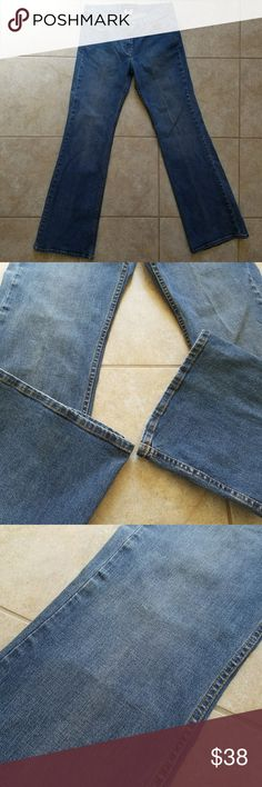 French Connection Bootcut Jeans Good Condition Great French Connection Bootcut Jeans made from 98% Cotton and 2% Elastane, Size 6. Normal wear and tear, see photos please.  Inseam, approx. 32 inches Rise, approx. 8 inches Waist, approx. 15 inches French Connection Jeans Boot Cut