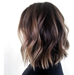 Bob Hairstyles Tortoise shell wavy bob Like this cut, maybe this color but slightly lighter or. Tortoise shell wavy bob Like this cut, maybe this color but slightly lighter or more highlight Brunette With Lowlights, Short Brunette Hair, Brunette To Blonde, Ash Blonde, Hair Color Dark, Cool Hair Color, Brown Hair Colors, Balayage Lob, Short Balayage