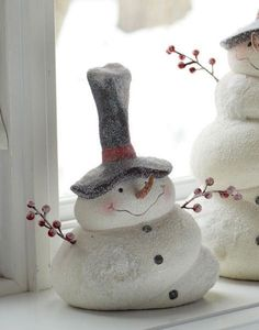 34 Paper Mache Ideas For Christmas To Decorate Your Home
