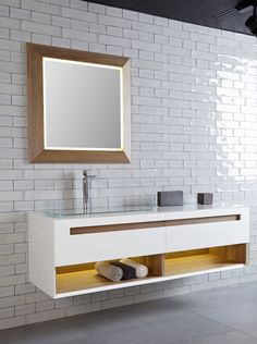Wall-mounted vanity unit B300 by Hönnun