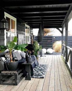 26 DIY Garden Privacy Ideas That Are Affordable & Incredible Design Exterior, Patio Design, Back Patio, Small Patio, Outdoor Rooms, Outdoor Living, Outdoor Decor, Outdoor Lounge, Gazebos