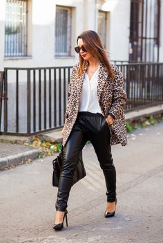 Cashmere in Style : Leather Joggers