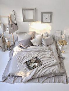 05. bed-on-floor