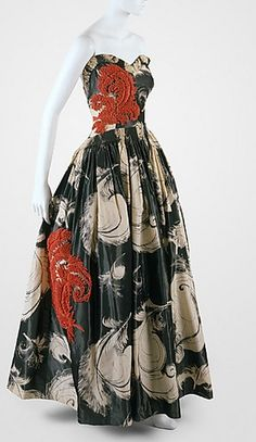 "Jeanne Lanvin ""Fusée"" dress ca. 1938 via The Costume Institute of The Metropolitan Museum of Art Jeanne Lanvin, Vintage Outfits, Vintage Gowns, Moda Vintage, Vintage Mode, 1930s Fashion, Vintage Fashion, Edwardian Fashion, Gothic Fashion"
