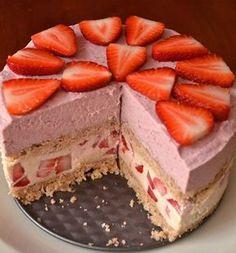Uauu!!tengo que probarla!! Tarta crudivegana de fresas en HazteVegetariano.com