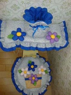 cute by gloria Felt Crafts, Diy And Crafts, Sewing Projects, Projects To Try, Cute Home Decor, Bathroom Sets, Diy Storage, Pattern Making, Diy Wedding