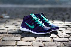 Nike Free Flyknit Chukka Women's. Want these so badly!