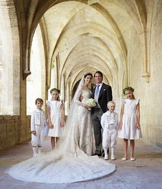 The Luxembourg royal family release the official portraits from the royal wedding of Prince Felix and Claire Lademacher - Photo 2 | Celebrit...