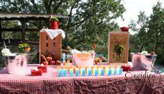 Mesa de Vodka en la  Boda Rústica de #bodaMP #bodasenvidiosas por envidienmiboda.com http://envidienmiboda.com/2013/11/11/la-boda-rustica-de-maria-pablo-decoracion-ii/