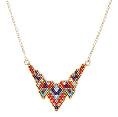 "Collier mi-long ethnique chic ""V Colors"" : Collier par amy-jewels"
