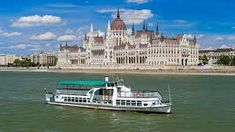 The collision between the vessel and a tour boat in Budapest has left at least seven people dead. Korean Fashion Teen, Korean Fashion Street Casual, Korean Fashion Winter, Winter Fashion Casual, Rich Life, Spring Street Style, Budapest Hungary, Google, Miami