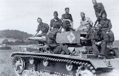 """Tank Pz.Kpfw. III Ausf. N part of the 1st armored division """"Black shirts,"""" """"M""""- pin by Paolo Marzioli"""