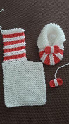 Baby knitting patterns i pinimg com 08 baby knitting patterns – Artofit Milena amorelli s 404 media statistics and analytics Paula Trindade Rodrigues's media content and analytics. I made these shoes as my frien Super Easy Slippers to Crochet or to Knit Diy Crafts Knitting, Diy Crafts Crochet, Loom Knitting, Knitting Projects, Crochet Projects, Baby Knitting Patterns, Knitting Designs, Crochet Patterns, Crochet Ideas