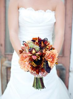 fall brides bouquet #wedding #bacheloretteandbride