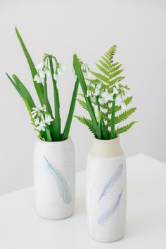 This handthrown stoneware vase features an original print of a feather I found in St Anne's Park while out walking. St. Anne's park is a haven on the Northside of Dublin, nestled between Raheny, Clontarf and the sea. It is the second biggest park in the city and a place many of us go to walk and meet friends. Heading into the park I am always struck by the canopies of the trees and the wide, long avenue, I take a deep breath and feel lighter. I hope this mug will remind you of these simple… Pottery Mugs, Ceramic Pottery, Irish Pottery, Irish Design, St Anne, Meet Friends, Canopies, Deep Breath, Stoneware Clay