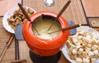 Red Lobster's Lobster Fondue. Could not find Cream of Shrimp. Substitute Cream of Cheddar. Cook shrimp in small amount of wine. Combine reduced shrimp stock & milk to make 1 cup of liquid. Follow the recepe for amounts of cheese and spice. Excellent recipe!