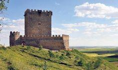 El Castillo de Tiedra, de finales del XII, reabre tras cuatro años de rehabilitación