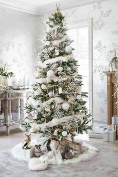 Déco sapin blanc - nos idées pour un arbre de Noël réussi