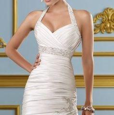 Holter neck, high waist belt. Formal Dresses, Wedding Dresses, High Waist, Belt, Fashion, Brides, Bridal Gowns, Fleur De Lis, Flowers