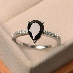Dainty Marquise Cut Noir Spinelle Pierres précieuses Bijoux Cadeau Silver Ring Taille 6 7 8 9