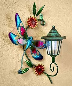 DRAGONFLY SOLAR WALL LANTERN LIGHT YARD LAWN PORCH PATIO DECK OUTDOOR HOME DECOR #Unbranded