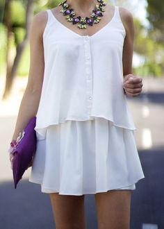 Fashion and Style Blog / Blog de Moda . Post: Thursday Look / Look del jueves   . ( Pedidos / Orders : info@ohmylooks.com )  .More pictures on/ Más fotos en : http://www.ohmylooks.com .Llevo/I wear: Skirt-Shorts / Falda - Pantalón ; Bag / Bolso : Oh My Looks ; Blouse / Blusa : Zara ; Shoes / Zapatos : Pilar Burgos