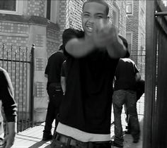 """One of Chicago's finest: verbal beast Lil' Herb aka G Herbo (BPS   NLMB sect) flashing the air ratchet on the eastside. (""""Gangway (Remix)"""" video, 2012)"""