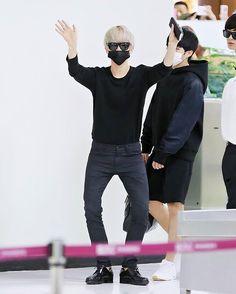 "Baekhyun.백현. on Instagram: ""[HQ] [150829] ••• Baekhyun - Departure @ Gimpo Airport ••• (Cr. Honeymini_9092) ••• #exo#엑소#백현#baekhyun#byunbaekhyun#baek"""