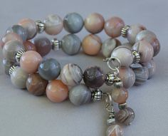 Peach Grey Botswana Agate Memory Wire Bracelet. 6mm and 9mm Botswana Agate Gemstones and Silver Plated Spacer Beads.
