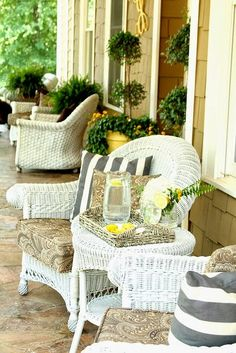 top this top that It's Summer Porch Season http://www.topthistopthat.com/2015/05/its-summer-porch-season.html via bHome https://bhome.us