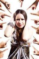 Il giudizio degli altri mi ferisce a cura di Sabrina Costantini   Rolandociofis' Blog Blog, Psicologia, Blogging