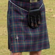 Clan Maclellan products in the Clan Tartan and Clan Crest, Made in Scotland…. Free worldwide shipping available