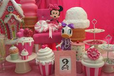 Minnie & Daisy Candyland  Pretty in pink