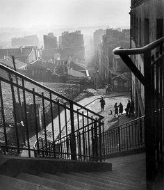 Paris dans la brume vu depuis le haut de la rue Vilin, sometime between 1940 and 1950 - Willy Ronis