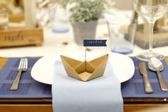 Party Fashion, The Hamptons, Party Themes, Place Cards, Place Card Holders, Homemade, Tableware, Diy, Style