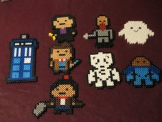 Doctor Who Perler Art  Magnet or Wall deco by HouseOfGeekiness