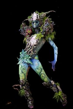 All photos are from the 2017 World Bodypainting Festival, held this weekend in Klagenfurt, Austria. Imagine a burlesque cosplay convention thrown by Salvador Dalí and H. Giger and you've basically g Body Painting Artists, Body Painting Men, Body Painting Festival, Color Fight, World Bodypainting Festival, Crazy Costumes, Arte Do Kawaii, Wow Art, Fantasy Illustration