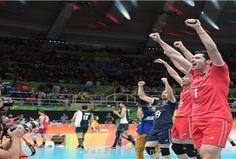 تیم ملی والیبال ایران به رتبه دوم گروه B المپیک صعود کرد  http://1vz.ir/140717  بلندقامتان کشورمان با کسب برتری سه بر صفر مقابل نماینده آفریقا، در جایگاه دوم گروه خود ایستادند.                      به گزارش خبرنگار گروه ورزش خبرگزاری برنا، در ادامه هشتمین روز رقابتهای المپیک ریو، تیم ملی والیبال ایران موفق شد سه بر صفر مقابل مصر به برتری برسد تا دومین پیروزی خود را در این رقابتها جشن بگیرد.   شاگردان رائول لوزانو با این پیروزی، بدون در نظر گرفتن دیگر بازیهای امروز به رتبه دوم جد..