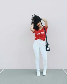 Look Rayza Nicasio branco e vermelho