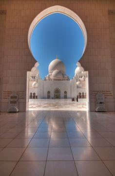 Dome reflections, Shaikh Zayed Grand Mosque - Abu Dhabi