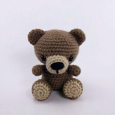 PATTERN: Crochet bear pattern amigurumi bear woodland