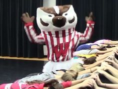 WATCH: Big 10 Mascots Put Their Spin on Taylor Swift's 'Shake It Off' http://www.people.com/article/big-10-mascots-taylor-swift-shake-it-off-lip-dub