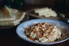 "Eggost til jul - skardalernaering.no ""Eggost"" for christmas My Recipes, Healthy Recipes, Scandinavian, French Toast, Breakfast, Desserts, Christmas, Traditional, Food"